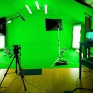 Studio Fond Vert Bleu Location Chromakey Green Screen Reportage VideoClip Incrustation